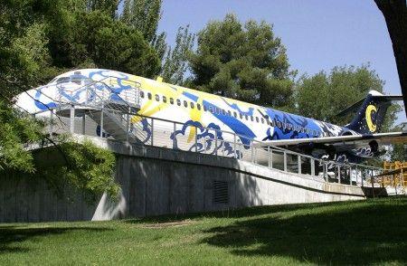 Visita guiada en el Aeropuerto Adolfo Suárez Madrid-Barajas, al avión Expoambiente